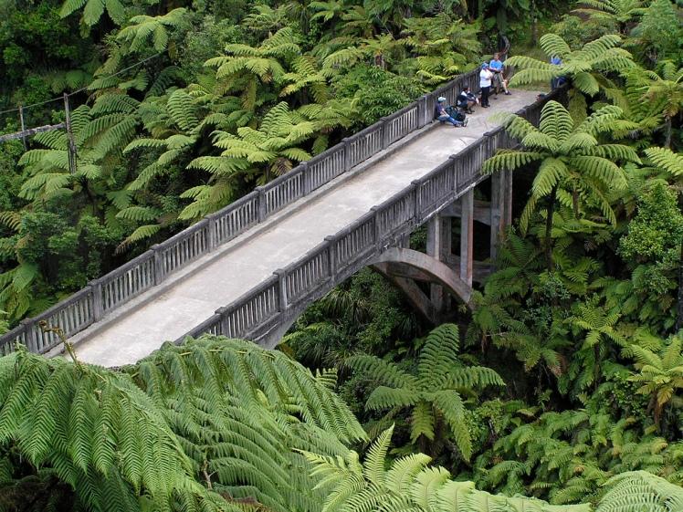 Forgotten World Highway, Bridge To Nowhere