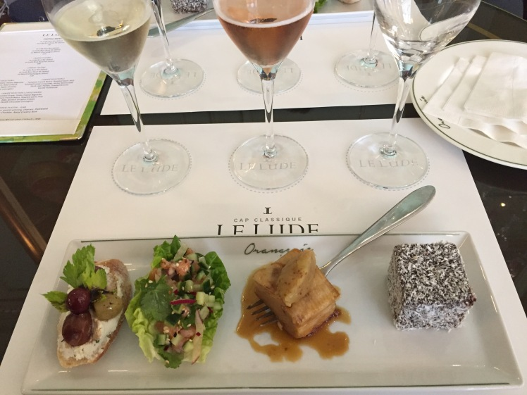 Le Lude Sparkling Wines tasting with canapes